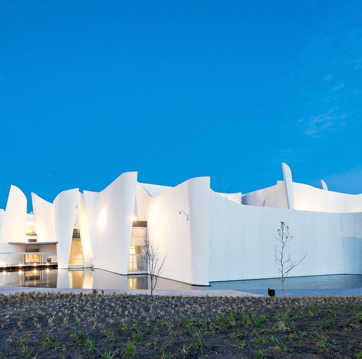 #SabíasQue El Museo Internacional del Barroco es un museo de arte  diseñado por el arquitecto japonés Toyoo Ito y localizado en la ciudad de Puebla.  #arquitectura #puebla #visitmexico#followme #great #arquitectura #discovery #amazing #Interesante #picture #Reva #discovery