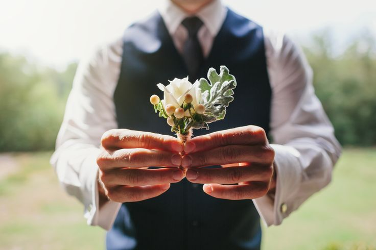 Trent's boutonniere, flowers by Scentiment Flowers, photography by Bianca Kate Photography