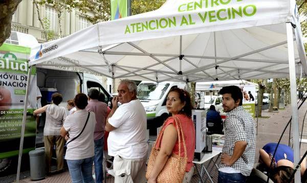 """""""El Municipio en tu Barrio"""" estuvo en la céntrica plaza Mitre de San Fernando"""