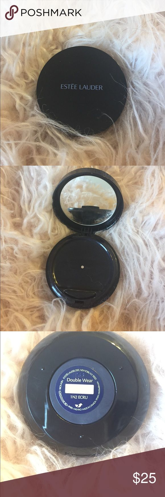 Estée Lauder double wear foundation Estée Lauder double wear foundation in shade 1N2. It's like an on the go compact you put the button and the fluid comes out. I love it it's just not my shade on only tried once. Estee Lauder Makeup Foundation