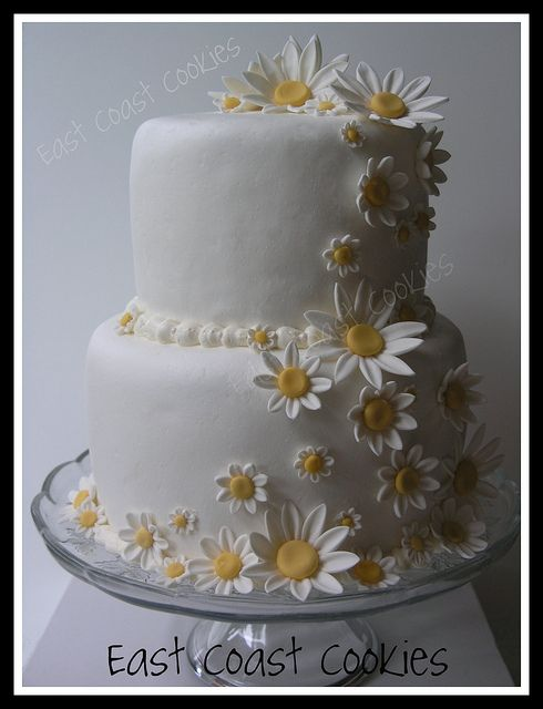 Sweet and simple daisy wedding cake   by East Coast Cookies, via Flickr