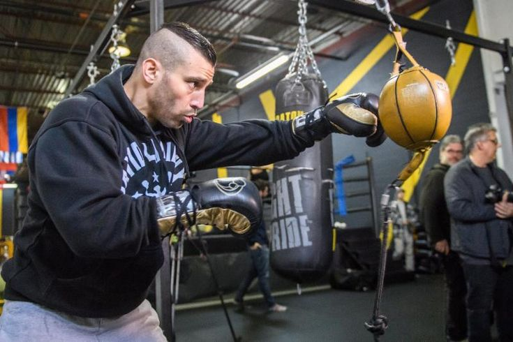 FOLLOW AND SHARE Former IBF Middleweight World Champion David Lemieux Media Workout Quotes, Photos and Videos  Lemieux vs. Stevens Live from Turning Stone Resort Casino in Verona, NY Presented By HBO Boxing After Dark®  Former IBF Middleweight World Champion David Lemieux hosts media workout in Montreal on March 6th  Click HERE for …