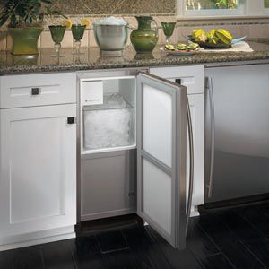 Choosing the Home Ice Maker That's Best for You   Elite Appliance