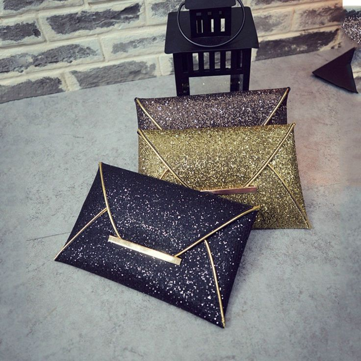 The 1 Clutch you need for New Years Eve - Clutch Purses Online - Glitter Sequin Sparkle Evening Cocktail Party Handbag - New Years Eve - Christmas - Luxoview.com