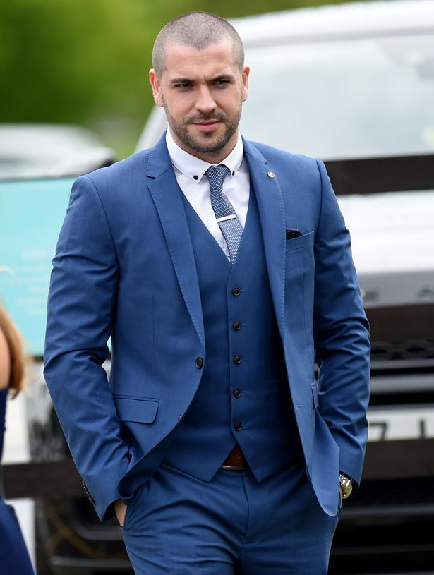 Shayne Ward arriving at Catherine Tyldesley wedding