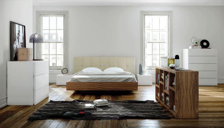 Float bed with upholstered headboard: por temahome,moderno madeira acabamento em madeira