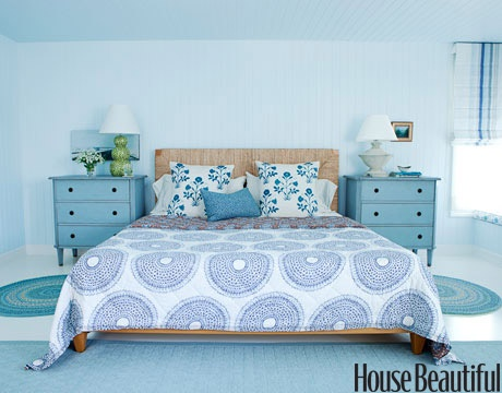 really feeling those tall nightstands... wondering if a RAST dresser and be transformed into something similiar??