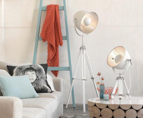 35 moderne Wohnzimmerlampen Designs, die Sie  sich unbedingt ansehen müssten  - http://freshideen.com/wohnzimmer-ideen/moderne-wohnzimmerlampen-designs.html