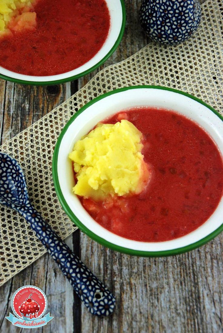 Kto gotuje najlepsze zupy na świecie? Oczywiście Babcia Helenka!   A babciny barszcz czerwony to już mistrzostwo świata!   Koniecznie z...