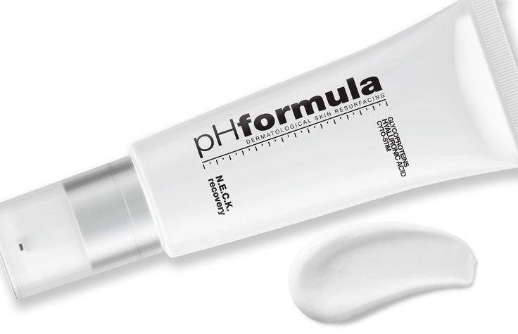 It is essential to make hydration your priority. Hydrated skin looks heathy, smooth, firmer and younger - change your skin regimen to include your neck and décolletage.    #skincare #phenomenal #hydrate  #BeBoldForChange