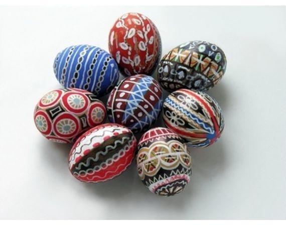 Plastic Easter Egg Crafts   eHow.com