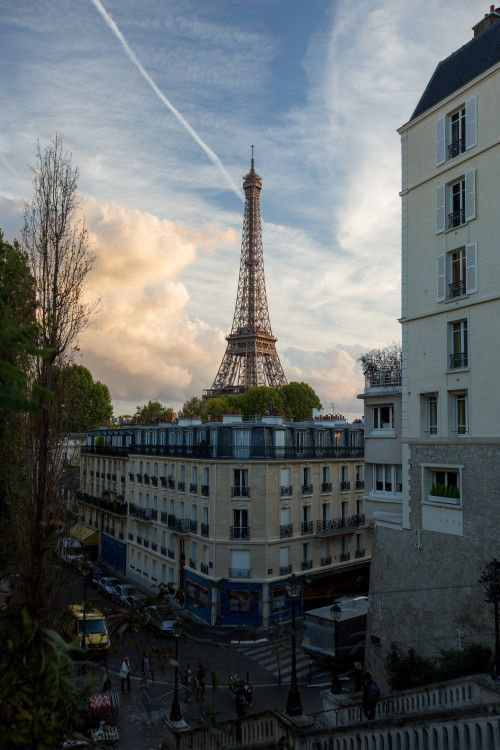 Eiffel Tower, I've been here before but I'd love to go again
