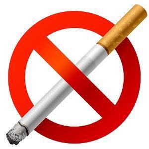Dia Nacional de Combate ao Fumo  Nicotina: Ações e Interações  Benzodiazepínicos - Grandes fumantes experimentam menor ação tranquilizadora com o uso de benzodiazepínicos, quando comparados com não fumantes. Estudos indicaram maior metabolização hepática dos diazepínicos em fumantes, devido o estímulo das enzimas microssomais induzido pela nicotina. Ochs e col, por outro lado, admitem que esta depressão na ação do tranquilizante não se deve a maior clearance dos diazepínicos, mas sim a ação