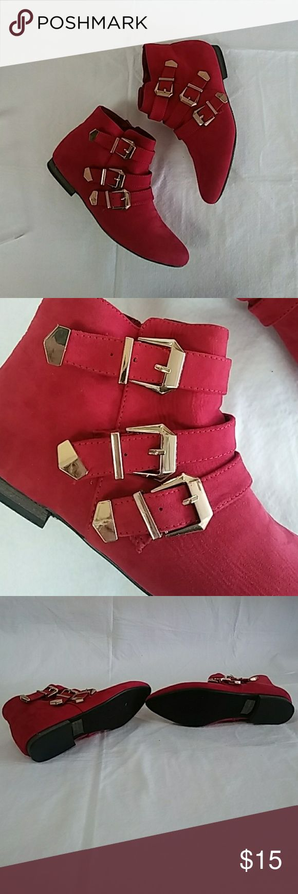 ??3 left!?? Breckelles red suede buckle ankle boot Triple gold buckle  Zipper  Red suede  Original price $29.99 Posh special $15 firm (no other offers) 1.5 centimeter heel  3 sizes left so why not put on sale right? Enjoy ?? Breckelles Shoes Ankle Boots & Booties