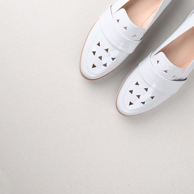 Effortlessly chic with geometric cut-outs, the Aspen flatform loafer from Oli is here. Shop: https://www.shoeconnection.co.nz/womens/shoes/slip-on/oli-aspen-leather-flatform?c=Grey%20Patent