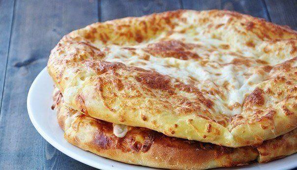 Vynikajúce pečené chlebové placky plnené syrom