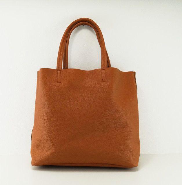 """Shop-Kategorie: Große Handtaschen  Wherever you go, i will go with you...    Aus unserer neuen und exquisiten Taschen Kollektion """"Crème de la Crème"""".  In unsere neuen Kollektion vereinen wir..."""