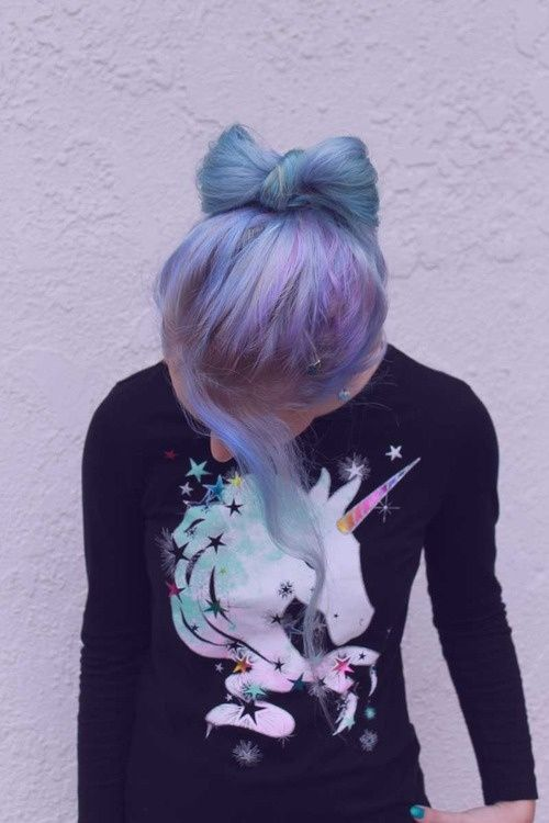 Pastel hair and unicorn sweaters