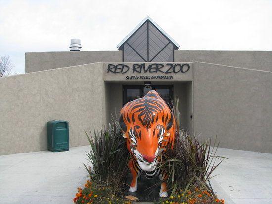 Red River Zoo   Fargo, North Dakota