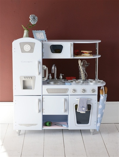 les 25 meilleures id es de la cat gorie cuisini res vintage sur pinterest cuisini re ancienne. Black Bedroom Furniture Sets. Home Design Ideas