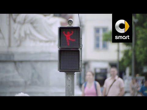 The Dancing Traffic Light Manikin by smart - YouTube
