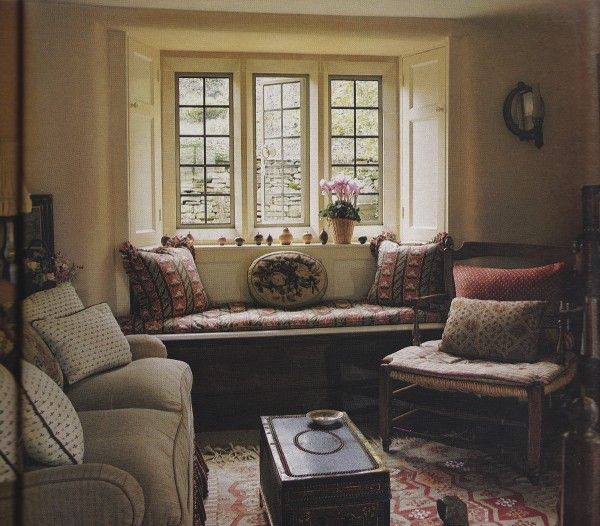 Traditional English Country Sitting Room: 17 Best Images About Colefax And Fowler On Pinterest