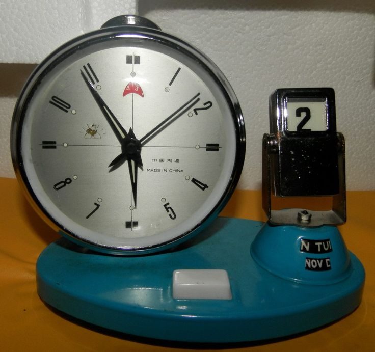 Reloj de mesa con calendario antiguo de cuerda - Relojes antiguos de mesa ...
