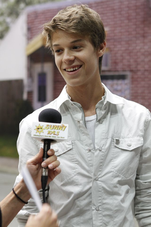 actor Colin Ford