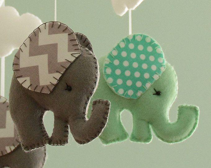 Dormitorio móvil - elefante móvil - menta verde móvil gris - hecho por encargo