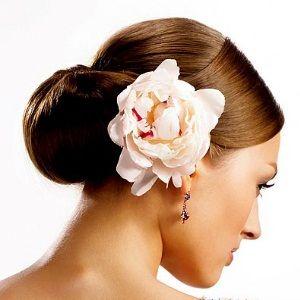 Шиньон | Парикмахером.РФ - работа парикмахер,.вакансии. Свадебные прически стрижки, услуги частный парикмахер выезд на дом