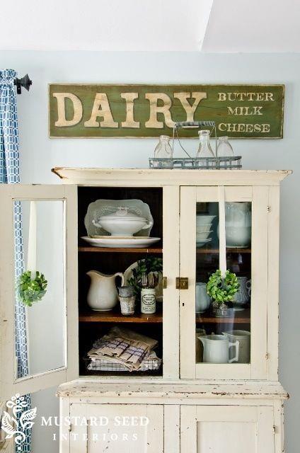 Cute kitchen dresser