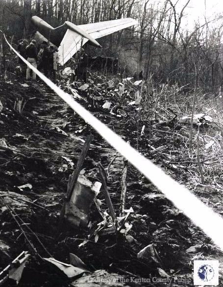 KENTUCKY 8 November 1965 - American Airlines Flight 383 crashed on approach to Cincinnati/Northern Kentucky International Airport, only 3 passengers and 1 flight attendant survived.