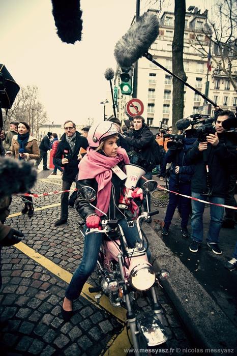 «Frigide Barjot» La PHOTO du Jour du 13 janvier 2013  http://www.messyasz.fr/FDJ/13231