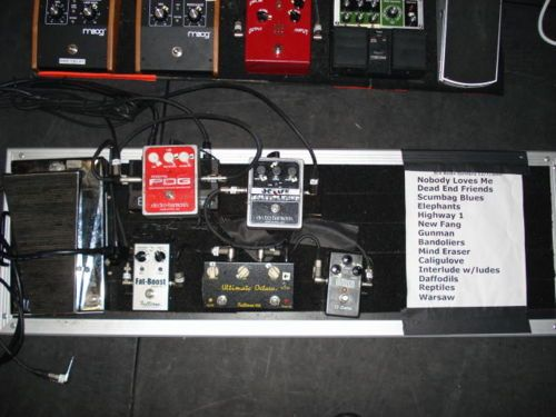 A part of the setup of Josh Homme for a Them Crokked Vultures tour part 2 - http://www.99pedalboards.com/project/josh-homme-crooked-vultures-board-2/