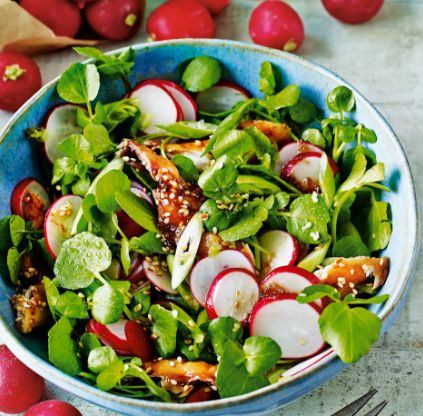 Enjoy this crunchy and colourful salad with an oriental twist, perfect for summer lunches. | Tesco