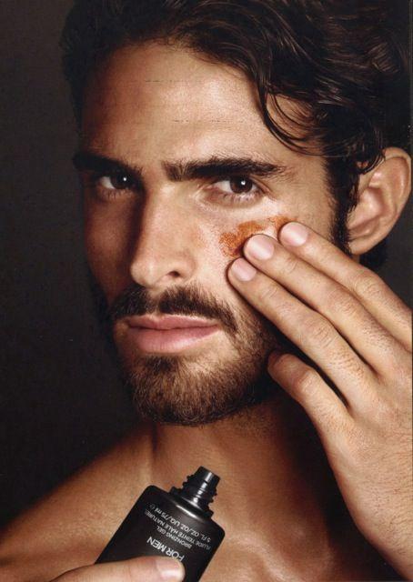 Tom Ford Skincare para Homens #itdandy #tomford #mensbeauty #menstyle #juanbetancourt