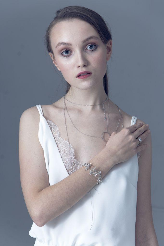Decolove Wandering Star Bridal Bracelet, handmade from crstals, glass beads