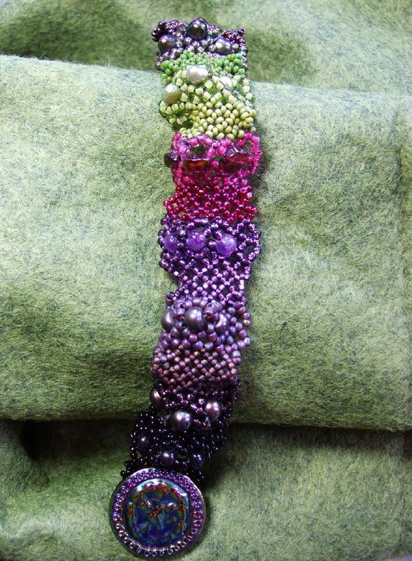 #beadwork  Beverly Ash Gilbert