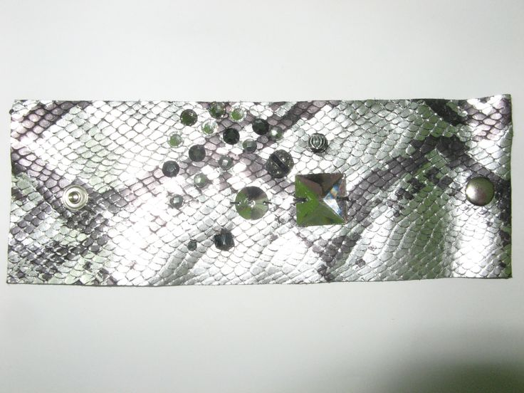 Leather cuff (1 pc)  Made with silver/black leather, swarovski crystals, metal and glass beads.