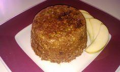 Zdravý hrnečkový koláč s kakaem a jablíčkem