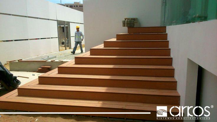 Escaleras con revestimento Deck de madera plastica para exteriores  Obra: Murano. Arquitecto Antonio Gonzalez. ARkodeck H teka de 2.5mm.