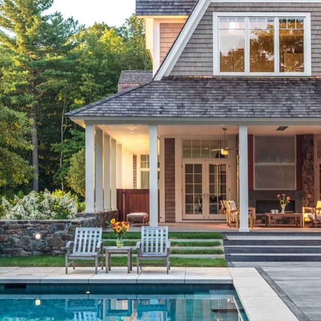 Sunday home inspiration I just love this home with this gorgeous pool I'm off to plant some white petunias. Image of a middlebury residence by Demetriades and Walker. Via Georgiana Design.