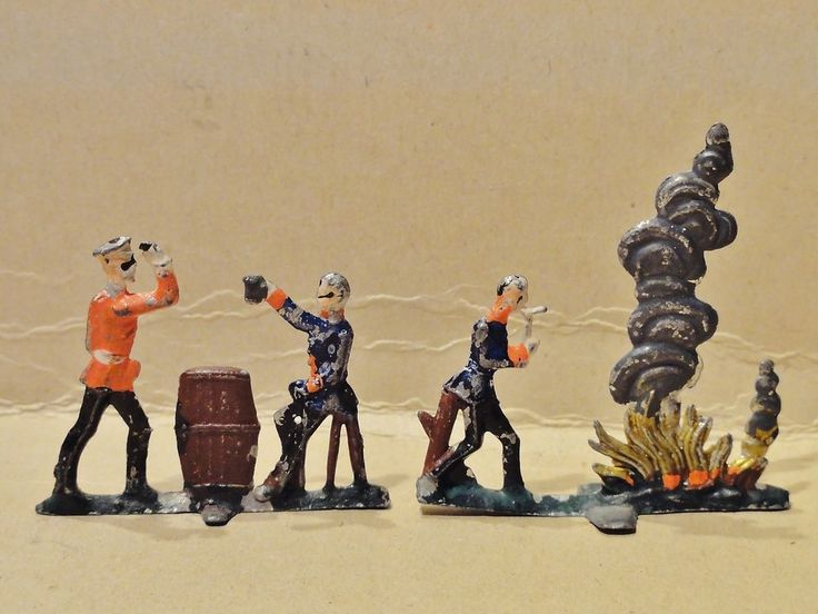 Antike+Zinnsoldaten+Preussen/Prussia+-+Soldaten+Bierfaß+/+Lagerfeuer+-+RARITÄT