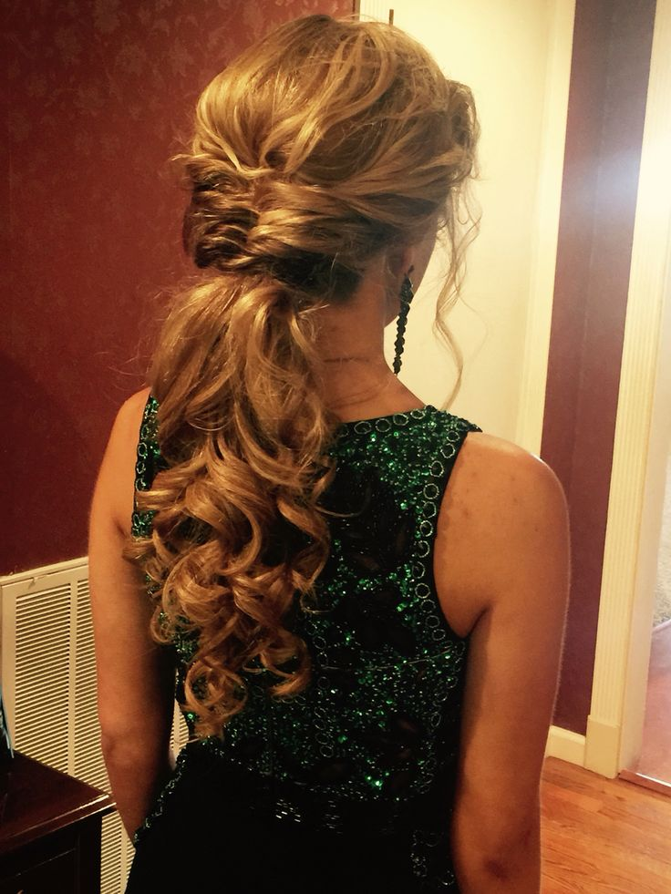 low pony tail for prom #ponytail #hairstyle #prom #wedding | Prom ponytail hairstyles, Dressy ...
