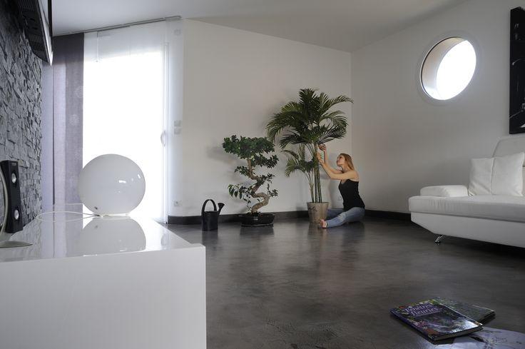 Pour toute couleur choisie, #Nuantis® Ciré offre de nombreuses possibilités de personnalisation. En accentuant plus ou moins les effets de matières et de nuances, l'aspect final donné lors de l'application pourra être homogène, flammé ou marbré.    •••••••••••••••••••••••••••••••••••  #maison #rénovation #décoration #architecture #jardin #habitat #réaménagement #gravier #grave #BTP #industrie #Travaux #design #Construction #granulats #bétons #bricolage #amazing