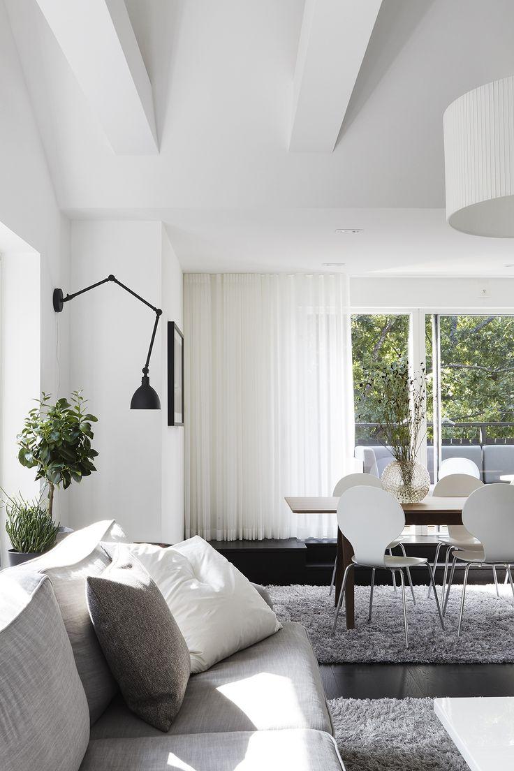 White scandinavian interior design. Vasavägen 29, Vindsetage   Fantastic Frank