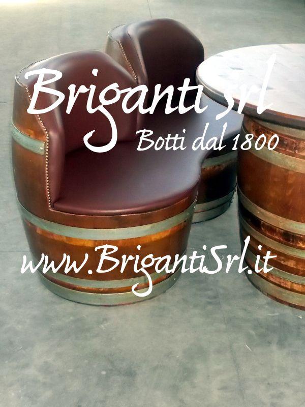 2086 - Divanetto imbottito per bar - Briganti srl