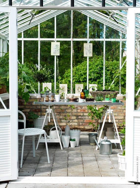 Back of greenhouse brick half wall with window wall - Ikea salon de jardin bois ...
