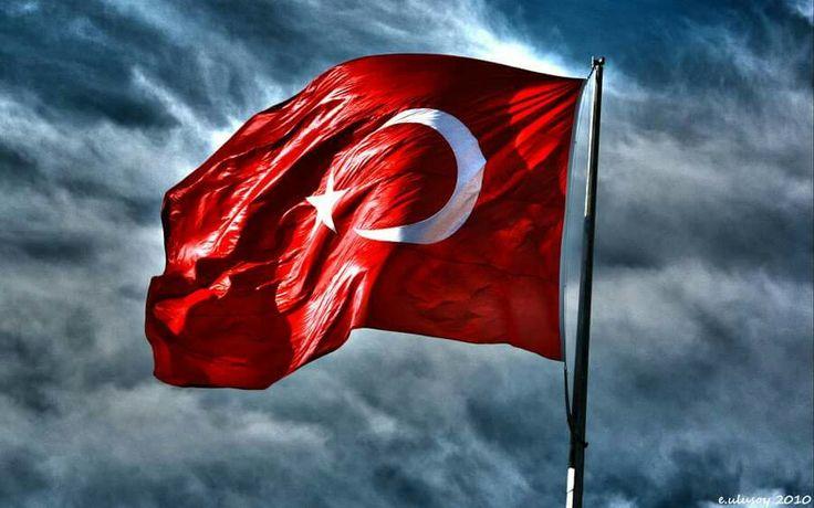Şanlí Bayrağím