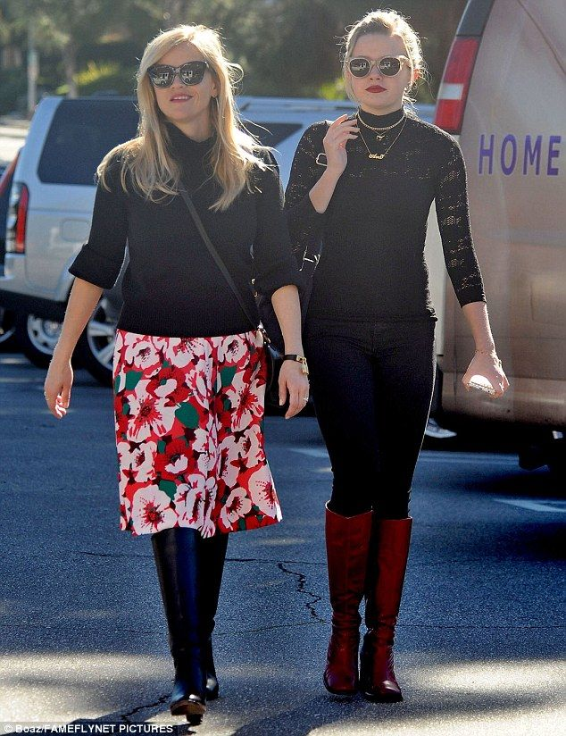 Mother daughter doppelgangers! Reese Witherspoon matched looks when she stepped out for lunch in Brentwood with teen beauty Ava, 17, on Friday